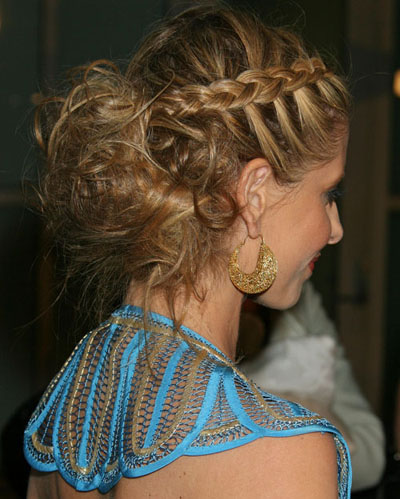 sarah-michelle-gellar-french-braid-hair-style2